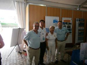 En la foto (de izquierda a derecha): Guillermo Navarro (Anavre), Bismarck Jigena (UCA), Mª Antonia Romero (R.A.E.C.Y.), Gustavo Navarro (Anavre).